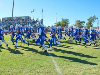 Football 2016, Week 8: Jesuit (44) vs. Shaw (0); Zephyr Field; Saturday, October 22