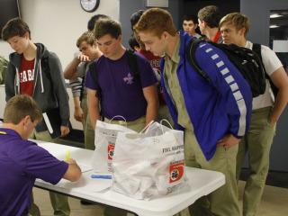 Senior Week 2016: Senior Lunch & College Shirt Day, April 25, 2016