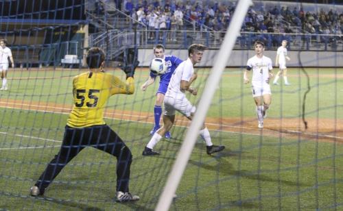 SoccerPlayoffs-vs-Cent-Lafourche_20200212_17