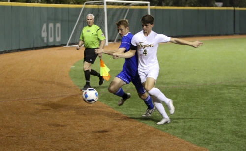 SoccerPlayoffs-vs-Cent-Lafourche_20200212_44